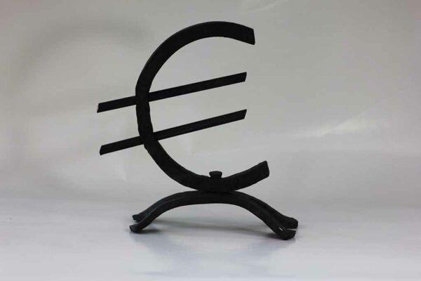 Euroteken gesmeed van Kuulkes Kunst Ateliert
